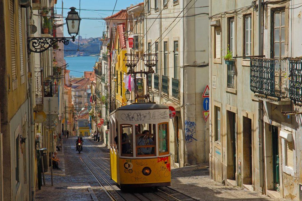Il famoso tram di Lisbona