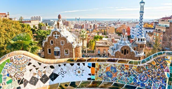 Barcellona tarragona e zaragoza tre citt con aereo e treno for Hotel tre stelle barcellona