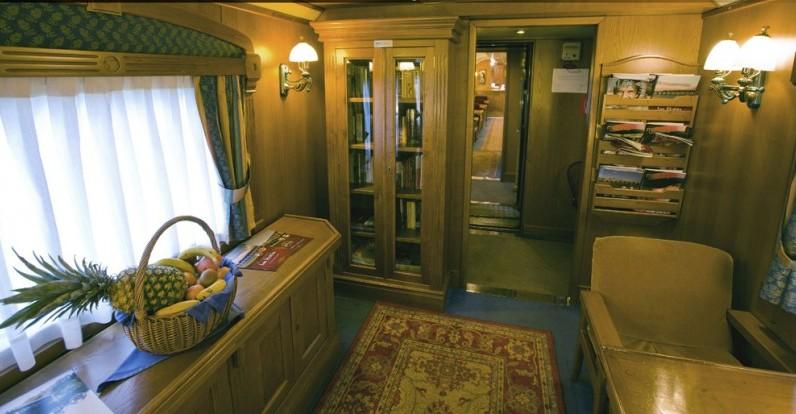 Un salone del treno El Transcantabrico classico
