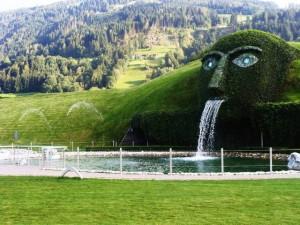 Insbruckswarovski-crystal-world-innsbruck
