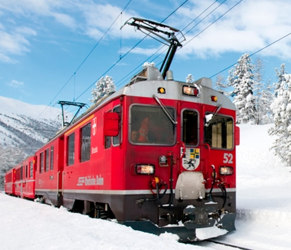 trenino-rosso-bernina-white