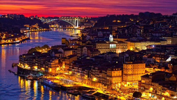 Da Lisbona tour con accompagnatore