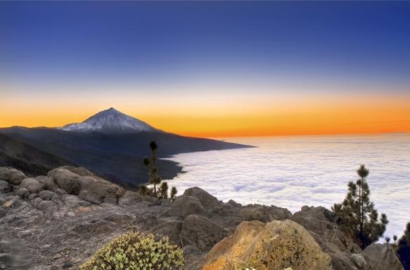 A Tenerife il Teide e il mare di nuvole