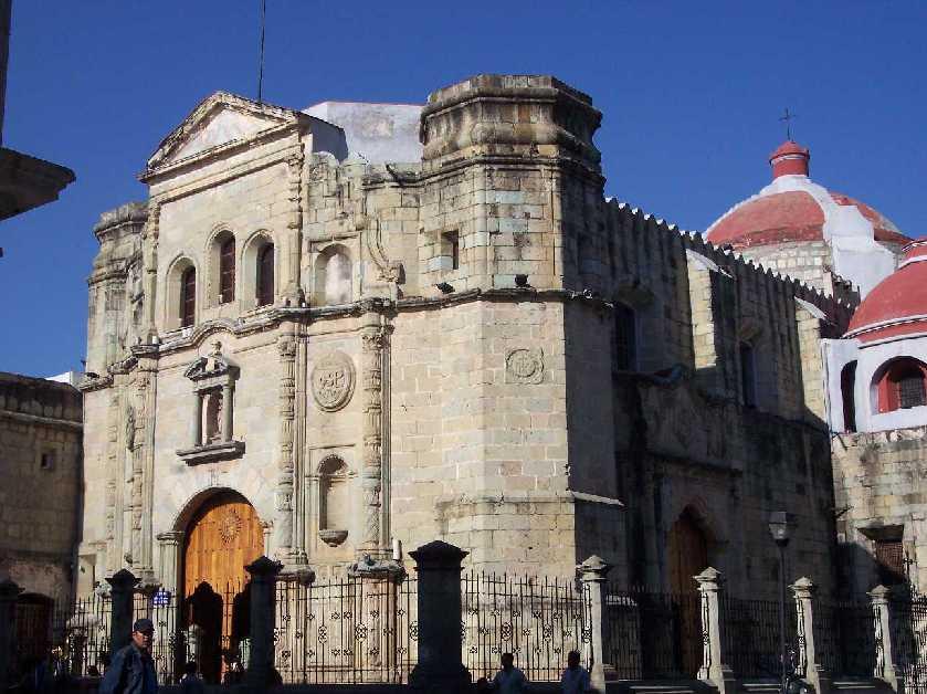 Messico il girasole viaggi for Casa coloniale meridionale