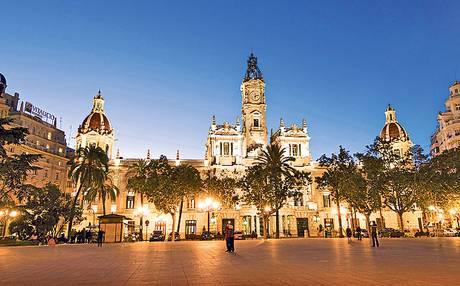 Valencia-central-square